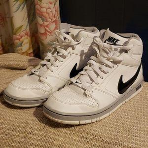 Nike Prestige IV high top size 9